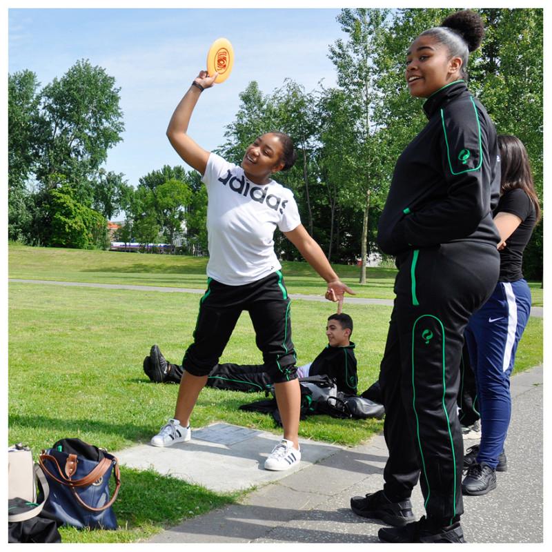Frisbee sportdag met verschillende onderdelen